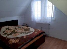 Apartament 3 camere la mansarda zona Rahova