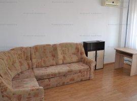 Apartament decomandat cu 3 camere zona Mihai Viteazu