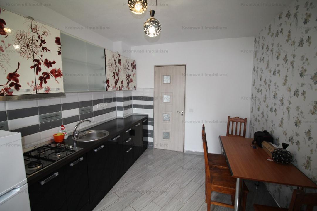 Apartament modern 4 camere in Strand I