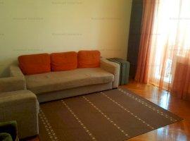 Apartament 4 camere decomandat zona Mihai Viteazu