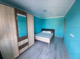 Casa 4 camere + 180mp curte zona Calea Cisnadiei