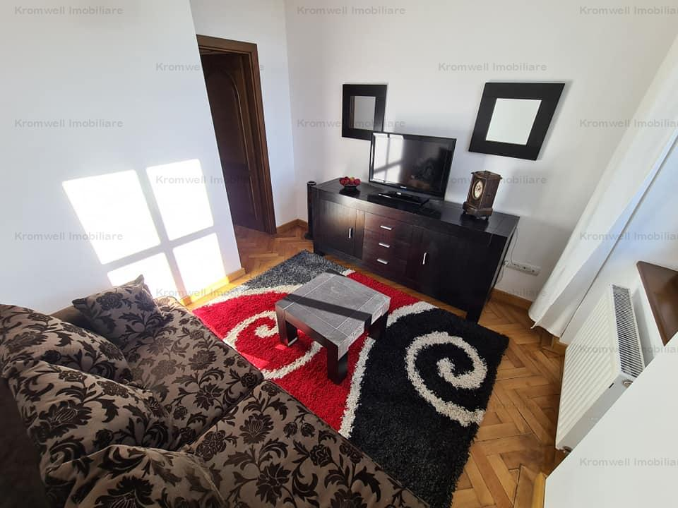 2 Apartamente langa Tetrul Gong