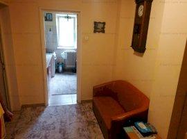 Apartament 3 camere P.Ros Aleea rozelor