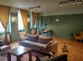Apartament de lux cu 3 camere de inchiriat in Centrul Sibiului
