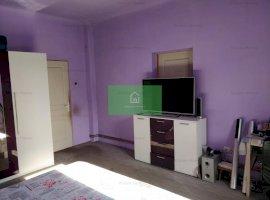 Apartament 2 camere, garaj si curte de vanzare in Piata Cluj Sibiu