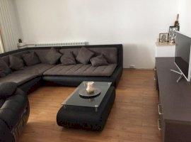 Apartament 2 camere Decebal/Alba Iulia, loc de parcare