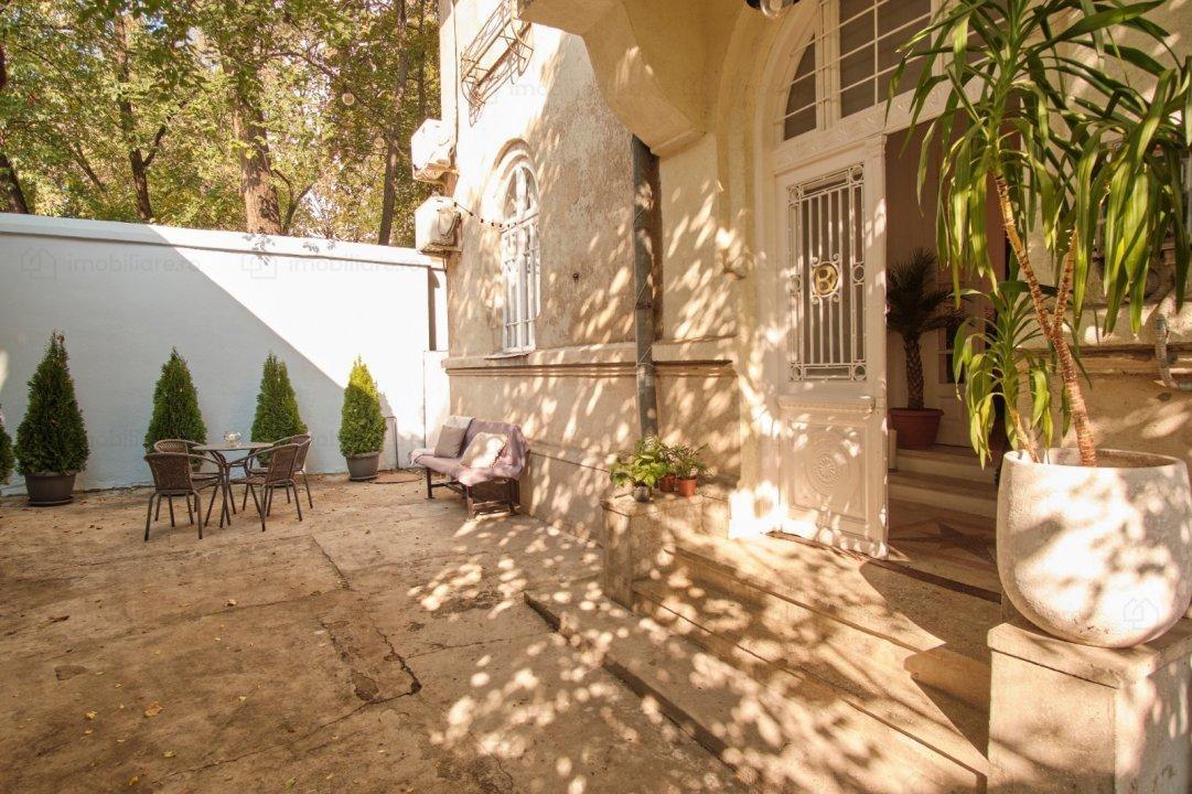 Casa Vila 5 camere Dorobati (Capitale LUX)
