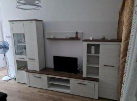 Apartament 3 camere, Lujerului, 550 Euro
