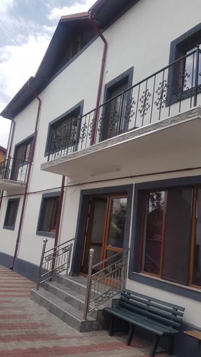 Casa Vila 7 camere Vitan Mall