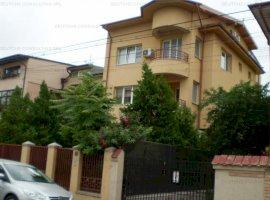 Casa Vila 8 camere 1 Mai