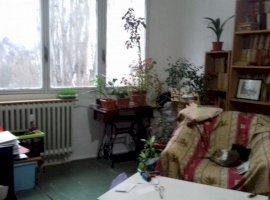 Apartament 3 camere Drumul Taberei 66000euro