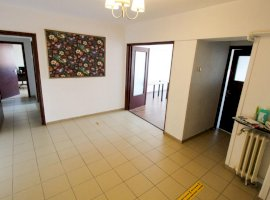 Apartament 3 camere Alba Iulia (BIROURI)
