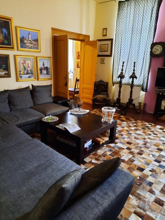 Casa Vila 9 camere Unirii (Exclusivitate)