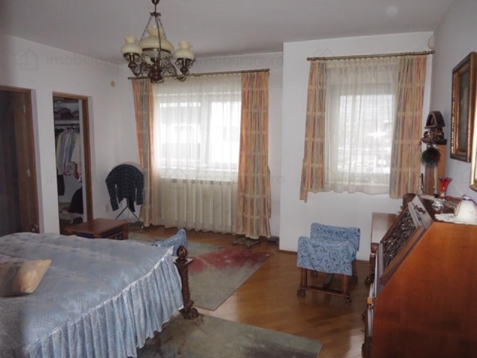 Casa Vila 9 camere Mihai Bravu pretabila Gradinita