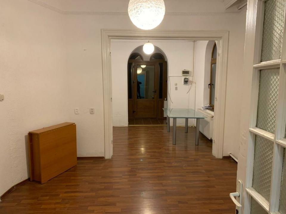 Casa Vila 4 camere Vitan Mall (Incity) curte 300mp