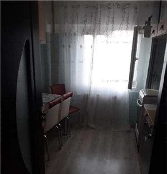 Apartament 3 camere Bd. Basarabia Stradal - Diham !