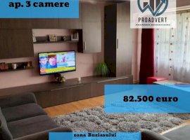 Apartament cu trei camere, confort unu, zona Buziasului