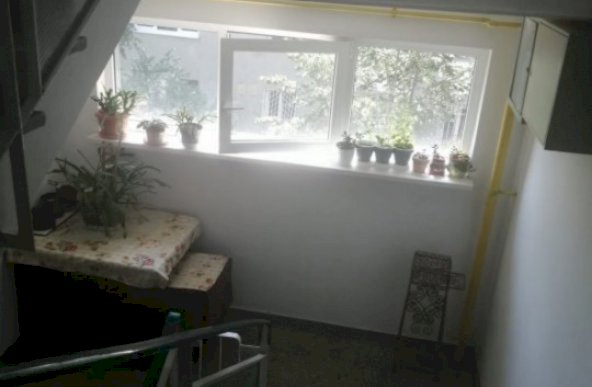 Vanzare apartament cu 3 camere zona Politehnica, Bucuresti
