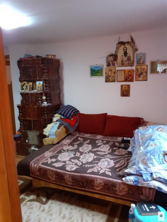 Vanzare casa cu 3 camere zona  Clinceni