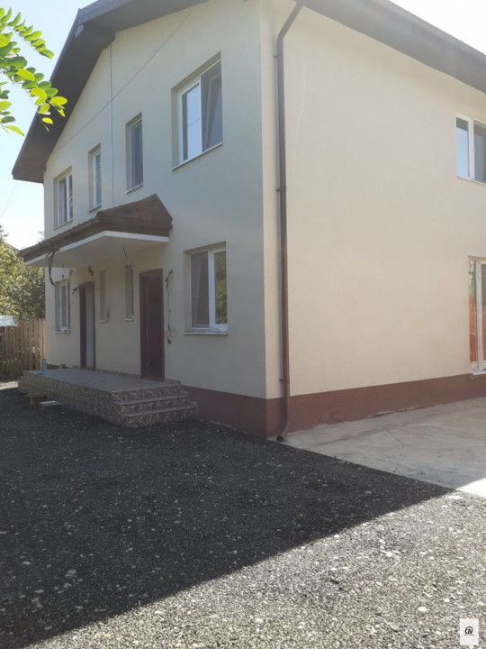 Vanzare vila de tip duplex spatioasa zona Prelungirea Ghencea, Bucuresti