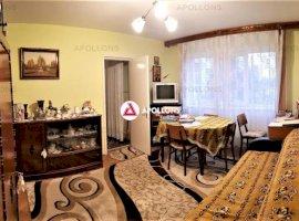 Vanzare apartament 3 camere, URA, Bacau