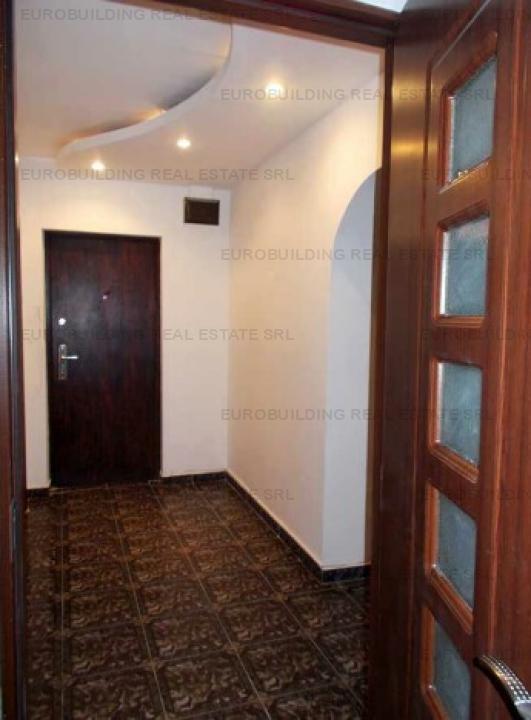 Bulevard Decebal apartament 3 camere 157000 euro