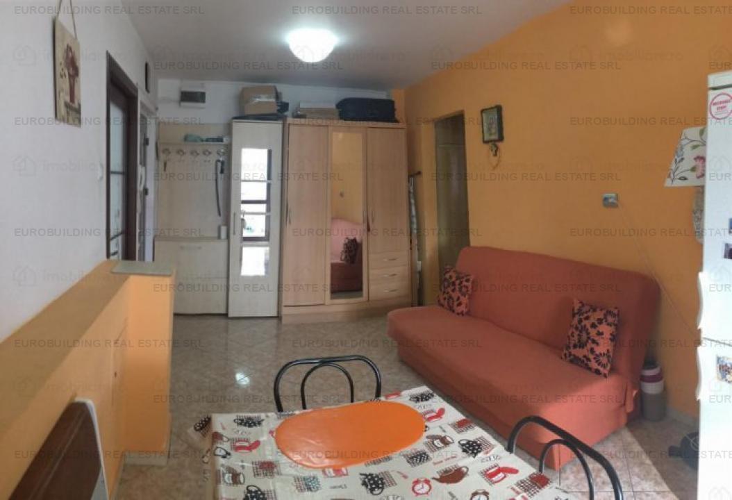Aviatiei apartament 2 camere decomandat 95000 euro