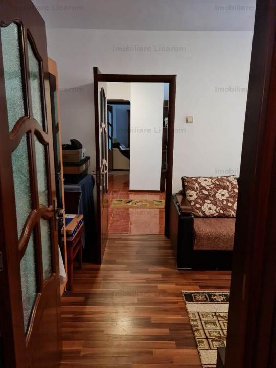 Oferta Apartament 4 camere Racadau,str Molidului,insorit toata ziua.