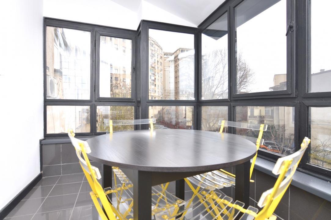 Apartament 4 Camere de Vanzare Unirii Libertatii Casa Poporului || RealKom