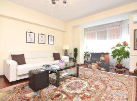 Apartament 3 Camere de Vanzare Bulevardul Decebal Zvon || RealKom