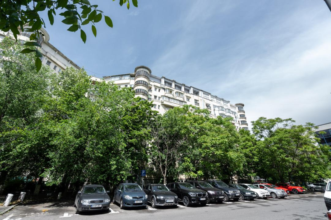 Oferta Vanzare Apartament 4 Camere Unirii Magazinul Unirea || RealKom