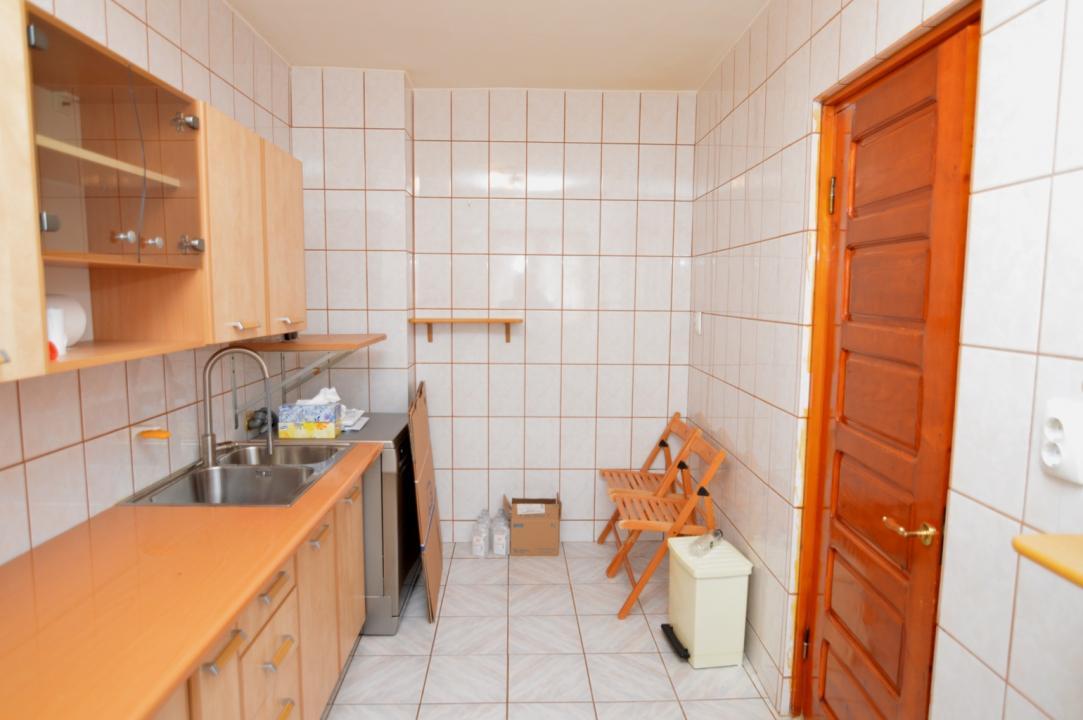 Apartament 3 Camere de Vanzare Tineretului Metrou || RealKom
