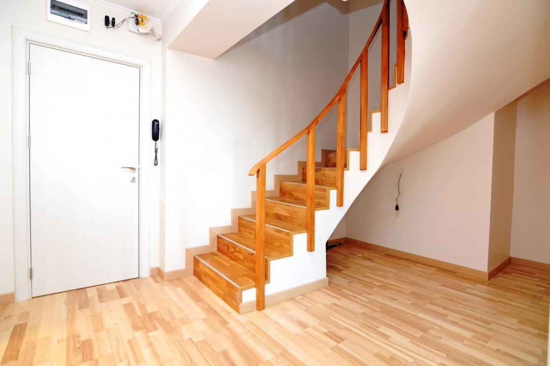 Duplex 4 Camere de Vanzare Bulevardul Unirii Zepter Comision || RealKom
