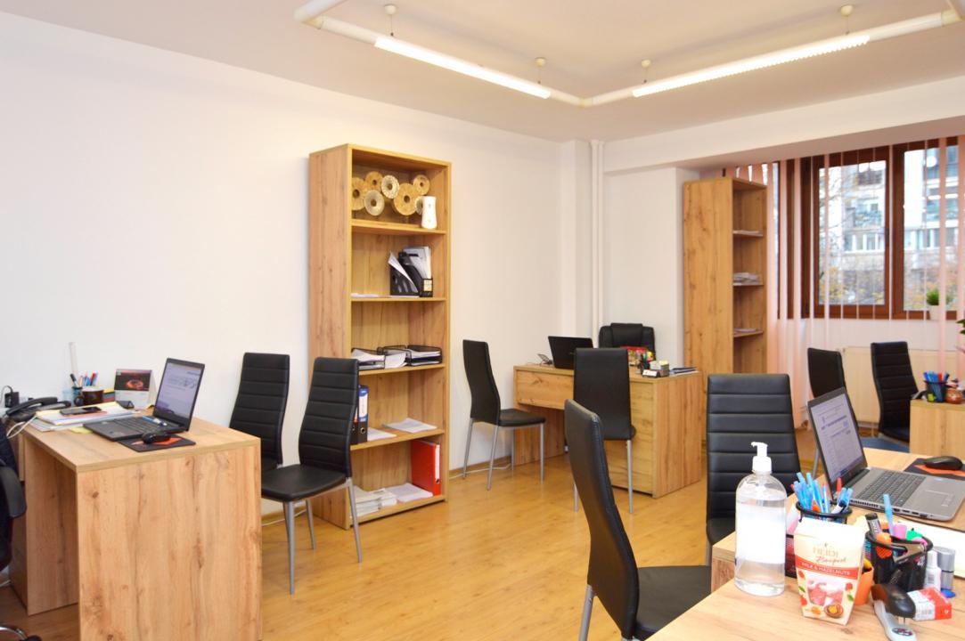 Apartament 3 Camere de Vanzare Unirii Palatl Parlamentului || RealKom