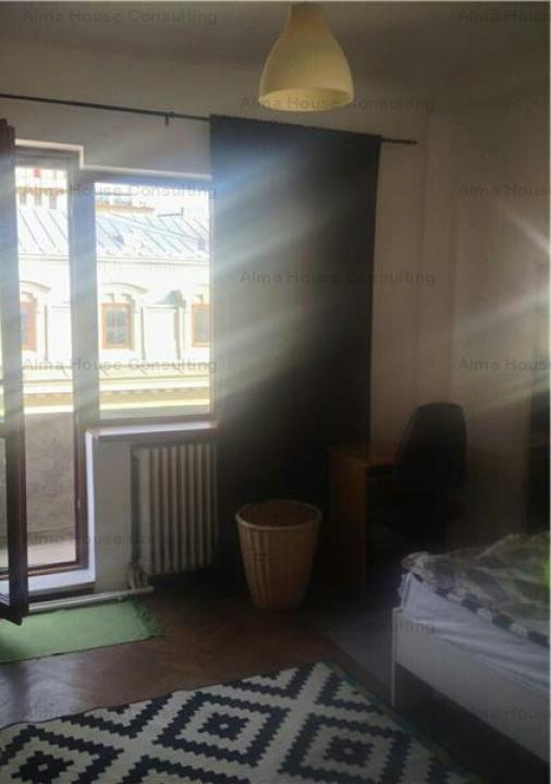 Vânzare 4 camere P-ța Romană