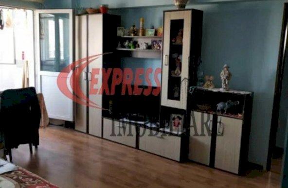 Vanzare apartament cu 3 camere zona 1 Decembrie, Bucuresti