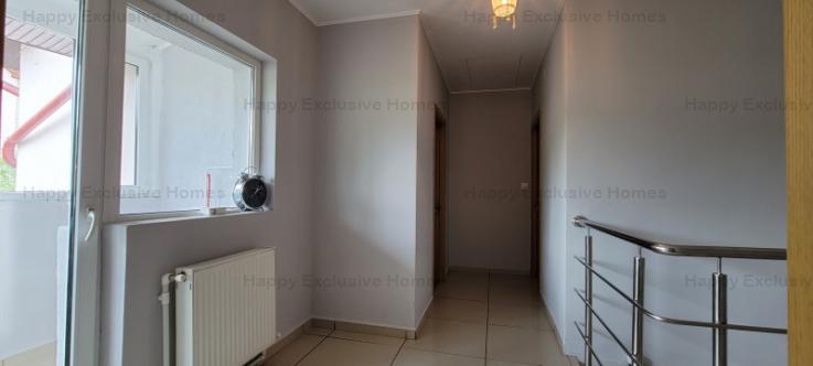 Rosu | Casa 3 Camere | 3 Grupuri Sanitare | Centrala | Padure |