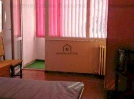 Apartament 3 camere - zona Metrou Stefan Cel Mare