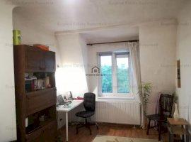 Apartament 3 camere - zona case - Cartier Evreiesc