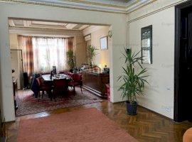 Apartament 4 camere - 10 minute metrou Unirii