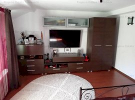 Apartament D+P+1, zona Sinaia