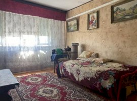 Apartament cu 3 Camere in Zona Cetatii