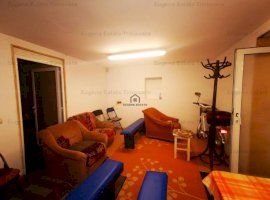 Apartament 4 camere, Badea Cartan