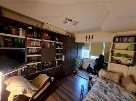 Apartament 4 camere, Lipovei