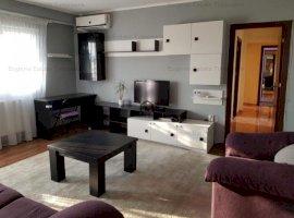 Apartament cu 3 camere, zona Soarelui-Judetean
