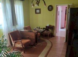 Apartament spatios cu 3 camere in zona Dacia