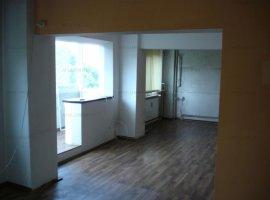 Apartament cu 2 camere Zona Dristor/ Ramnicu Valcea Semiamenajat