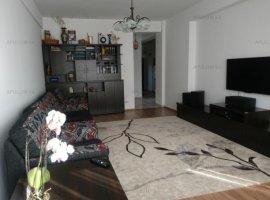 Apartament cu 3 camere ( mobilat+utilat+loc de parcare) Zona Damaroaia