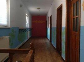 Vila de Inchiriat Viitorului - Eminescu