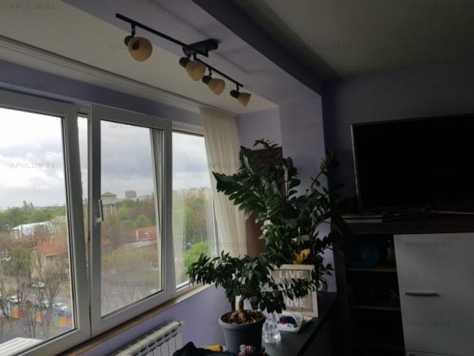 Apartament Berceni, Emil Racovita